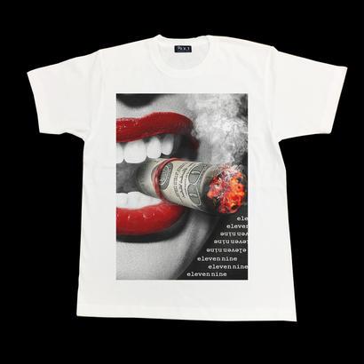 Eleven Nine / Tシャツ/ Lip/smoke/ホワイト