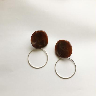 Marble drip hoop pierce