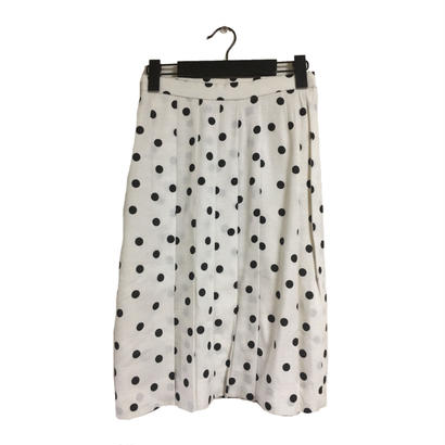 dot  design pleats skirt white