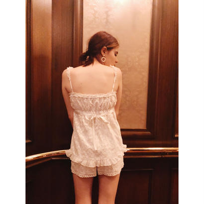 lace heart short pants white
