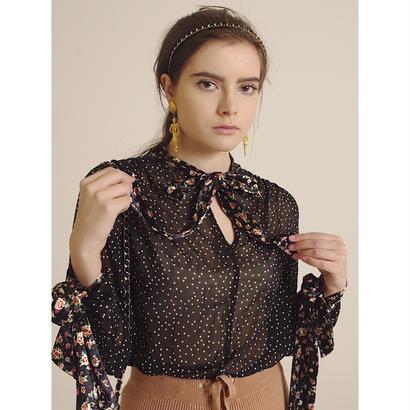 dot × flower blouse