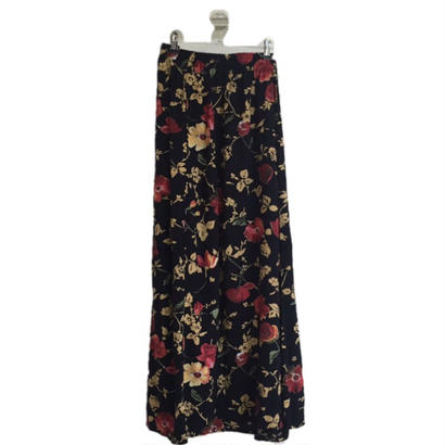 slit flower design skirt