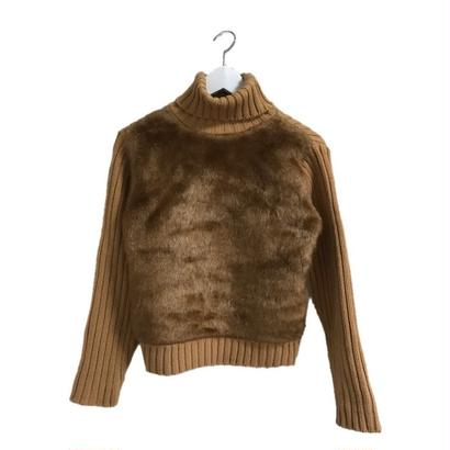 fur design turtle neck knit