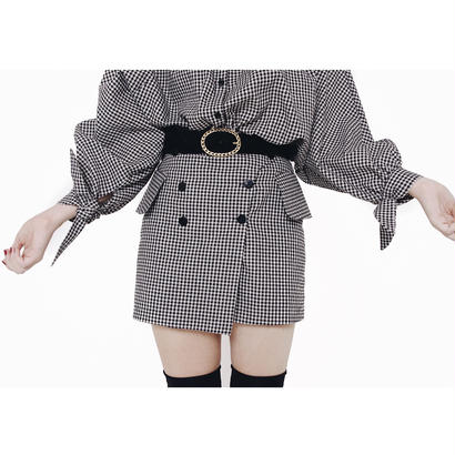 monotone check mini skirt