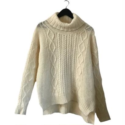 highneck design cable knit