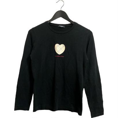 Burberry heart logo design tops