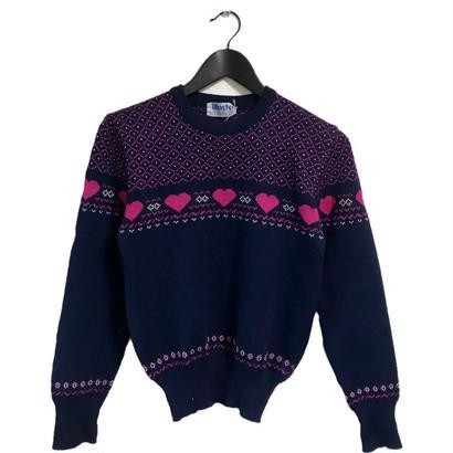 Heart design vintage knit