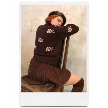 rose design knit brown