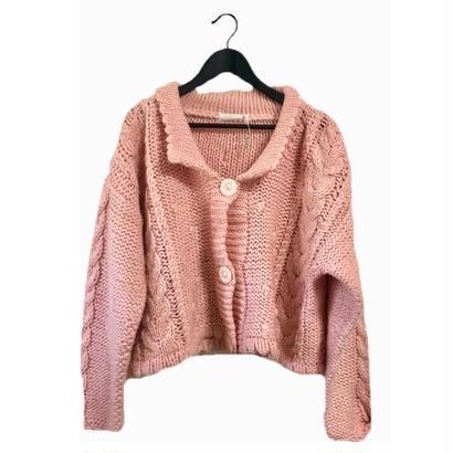 volume pink knit cardigan