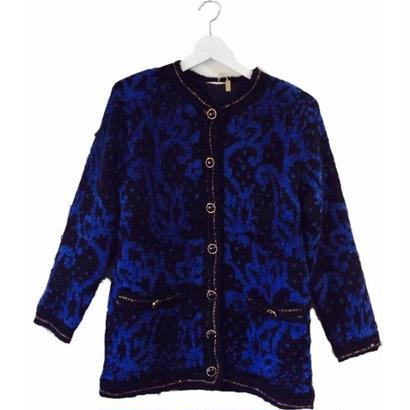 design blue knit cardigan