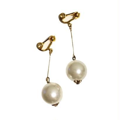 pearl swing earrings