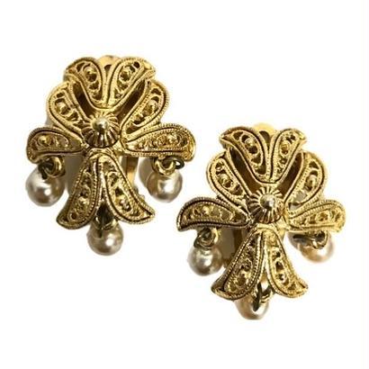 3pearl swing design earrings