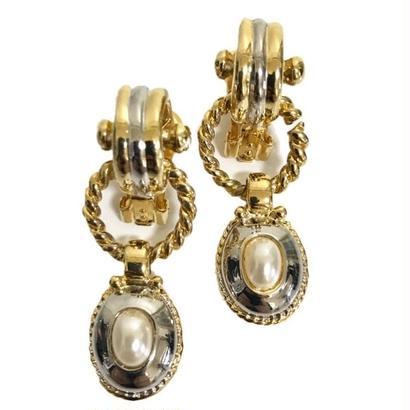 swing pearl gold earrings
