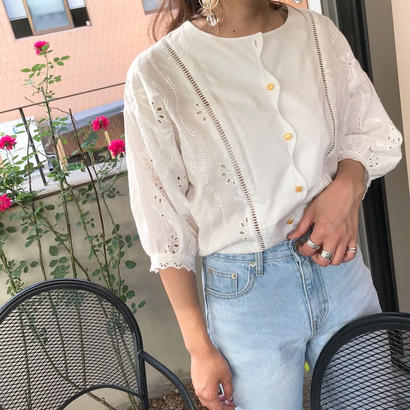half embroidery blouse