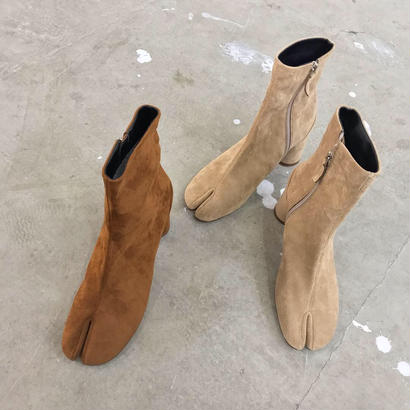 suede tb boots