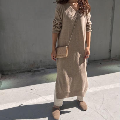 Vneckknit one-piece