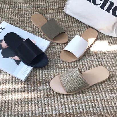 simple flat sandal