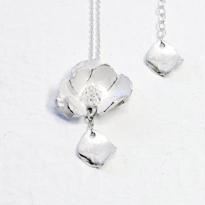 """""""silver moon necklace"""" wh/sv"""