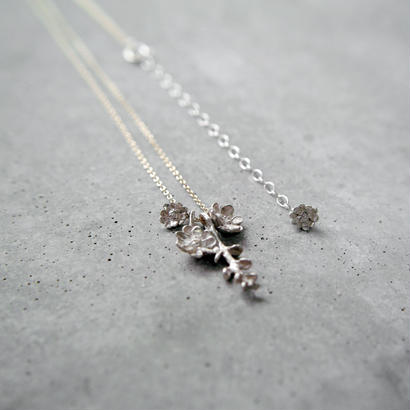 """bouquet necklace"" wh/K10 silverdallar+melampo"