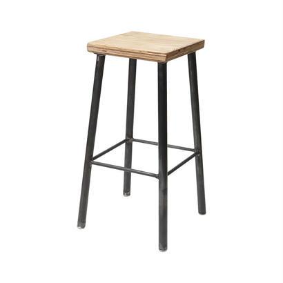 Square chair『LUSTRUM製』