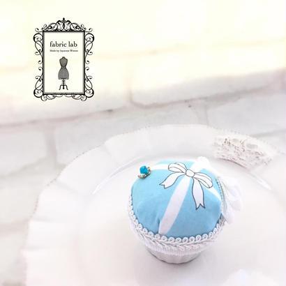 ピンクッション ブルー(陶器)