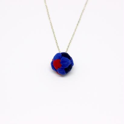 フットバッグネックレス BIG 〈紺×赤×瑠璃〉