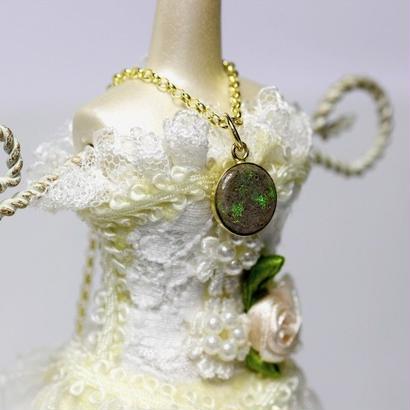 緑、青の遊色がとても綺麗な☆天然マトリックスオパールゴールドネックレス1.91ct