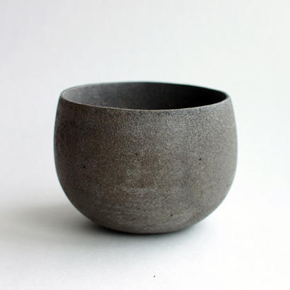芳賀龍一:黒托鉢 A