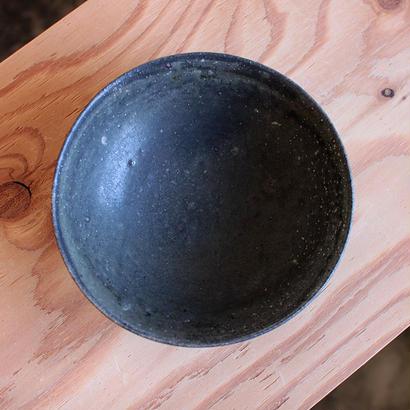 長谷川奈津:鉄釉 鉢D-a