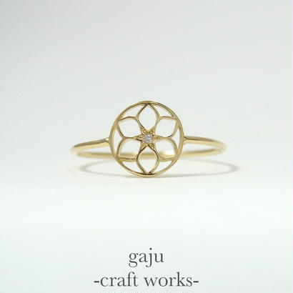 gold wire ring / gajuvana & diamond