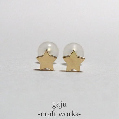 petite star pierced earring (K18 gold)