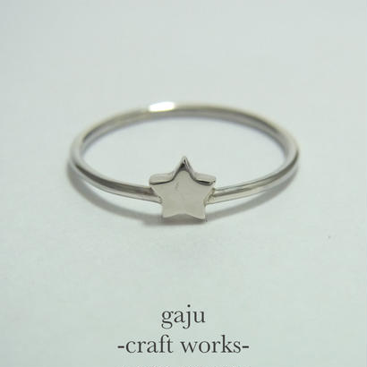wire ring / star