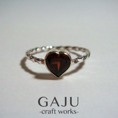 Heart Gem Twist ring ver.garnet