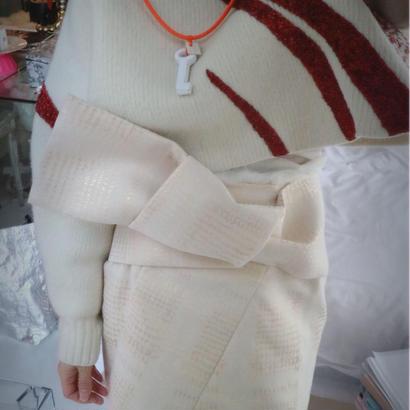 Big ribbon  skirt  white