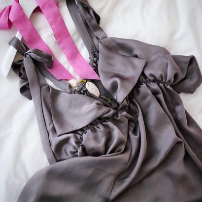 Sunfish ruffle dress gray