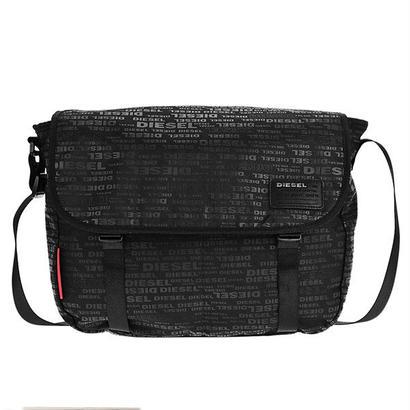 ディーゼル DIESEL メンズ ショルダーバッグ X04814-PR027-H5839 ブラック 送料無料