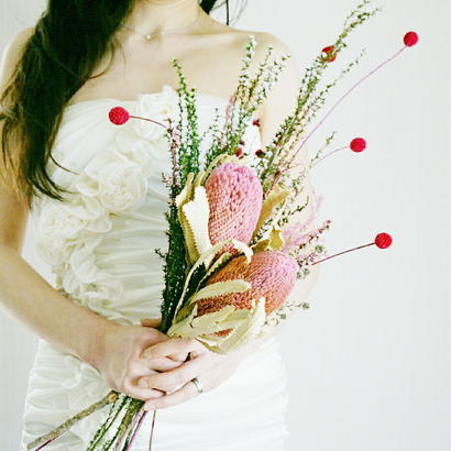 『やっぱりかわいいピンクのお花  縦長 クラッチ 桜色 pink1003』結婚式のブーケ ブートニア付き