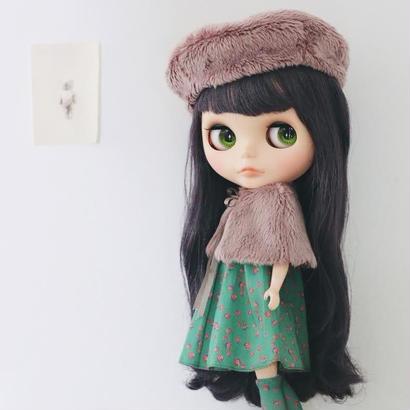 【予約商品】フェイクファーベレー帽(椎鈍色)  &  薔薇を着たソックス ( 緑) キット