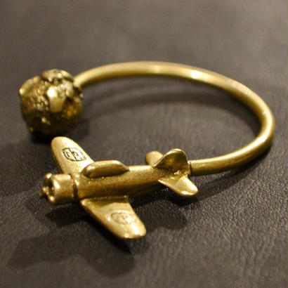 40% OFF AIRPLANE KEY RING GOLD[TP13-FAC16]