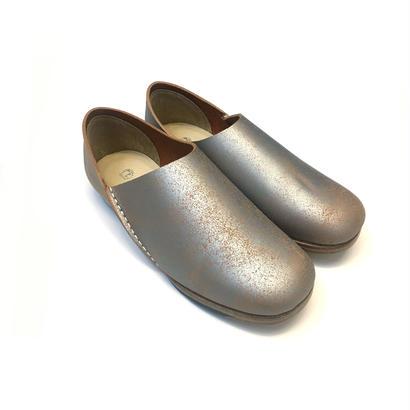 ヒムカシ製靴 / アルメニアスリッポン ペイントシルバー/ヌメ