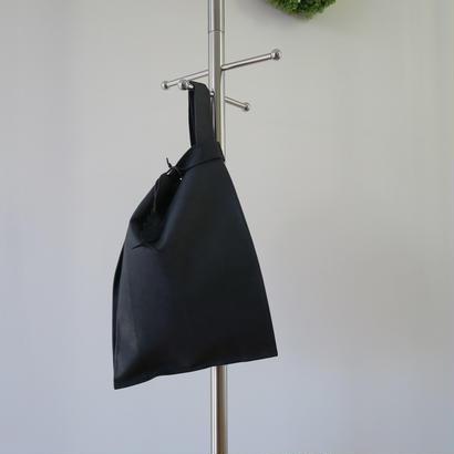 皮革レジ袋型バッグ ブラック、ポルティラ