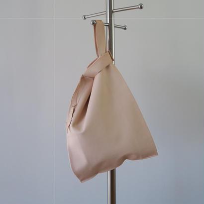 皮革レジ袋型バッグ タン、ポルティラ社