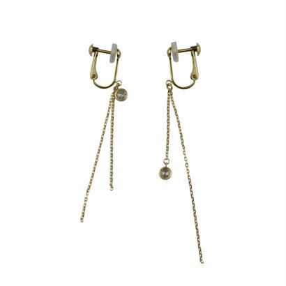 hug earrings