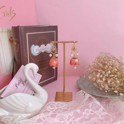 Juicy Pink Rose Chandelier (ピアス)