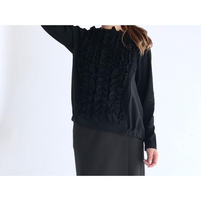 it / FRILL TOPS