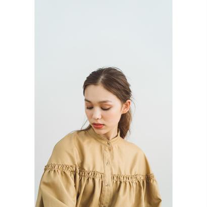 【2018A/W】スタンドカラーギャザーブラウス/ベージュ