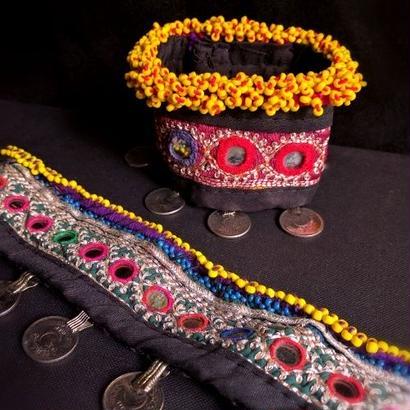 アフガニスタン ミラーワークブレスレット コイン&ビーズ&刺繍 Kuchi