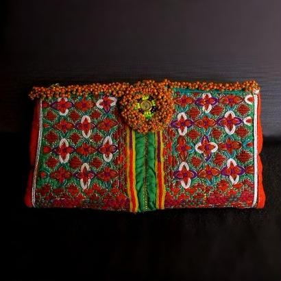 世界に一つ Banjara ポーチ《ey1a》刺繍&ビーズ