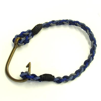 ブレスレット 釣り針(BLUE)
