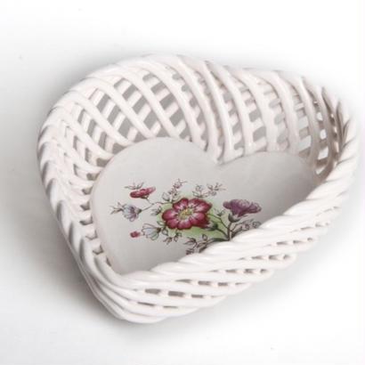 レース編み  陶器 小物入れ